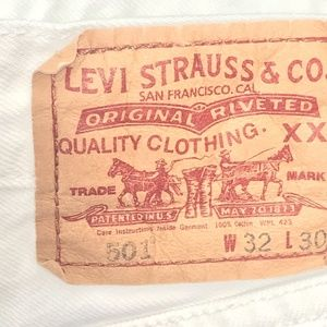 Levi's 501 Button Fly Jeans  32 x 30